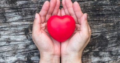 Základna pravidelných dárců stárne a noví nepřibývají! Proč je tak důležité mít čerstvou krev v krevních bankách?
