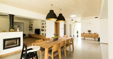 Barvy světla v interiéru. Jak je správně zvolit, abyste naladili příjemnou atmosféru a měli zároveň dostatek světla při práci?