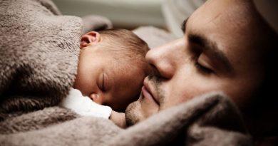 Oční vady a onemocnění trápí také novorozence. Na správný vývoj zraku dítěte má vliv už období těhotenství