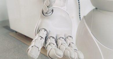 Robotizace pracovních pozic: kterým profesím zvoní umíráček?