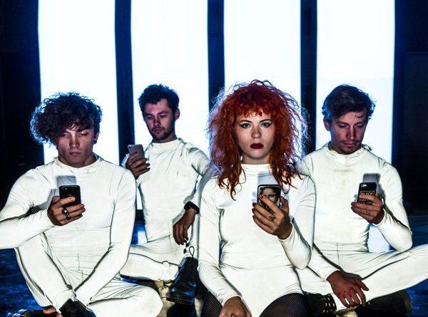 Za necelé dva týdny vykročí Mydy Rabycad do nové etapy na velkolepé show ve Foru Karlín