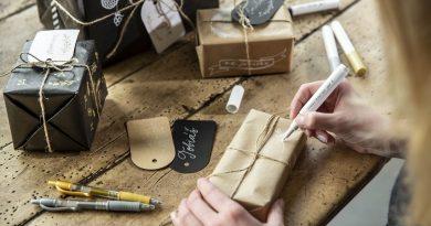Vánoční dárek dávno objednaný, ale balík stále nikde. Pět tipů, co v takové situaci dělat!