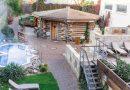 Největší festival zážitkového saunování opět v Aquapalace Praha. Nabídne prohřívání v cedrovém sudu i kouřové rituály