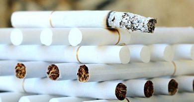 Češi pomalu mění klasické cigarety za nové alternativy. Ani ty však nejsou bez rizik