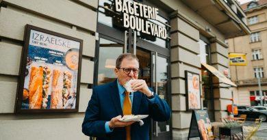 Bageterie Boulevard uvádí nové menu podle známého izraelského šéfkuchaře, jako první ho ochutnal izraelský velvyslanec