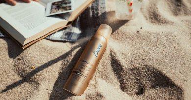 Dove představuje tónovací pěny Dove DermaSpa Summer Revived pro přirozené opálení po celý rok