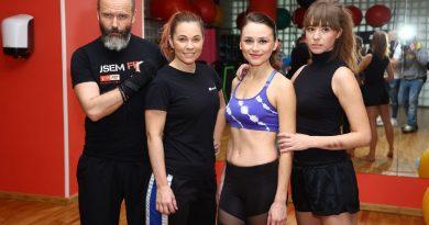 Michaela Nosková spartnerem učí herečky sebeobraně!