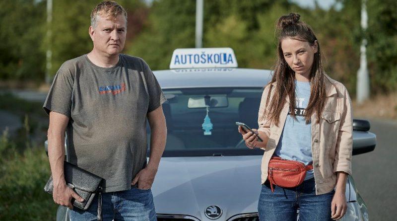 Jízda Tomáše Jeřábka s mladou řidičkou se herci málem stala osudnou
