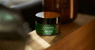 Zelený Noční balzám Cannors unikátním Stoechiolem a CBD