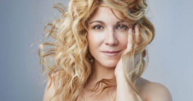 Sopranistka Kateřina Kněžíková vydává sólové album a je hvězdou Glyndebourne Festival Opera v Anglii