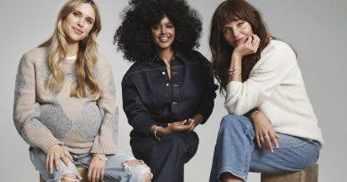 Pandora se v kampani ke Dni matek spojila s Helenou Christensen, Pernille Teisbaek a Iris Gold